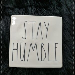 Rae Dunn Be Kind/Stay Humble Block  Paper weight